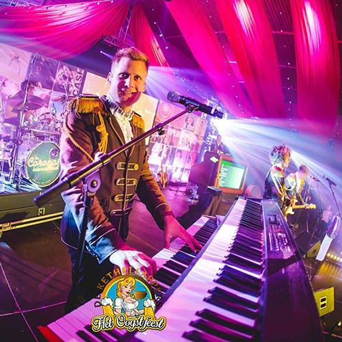 Coronas-live9